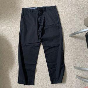 GAP Men's Black Khaki Pants